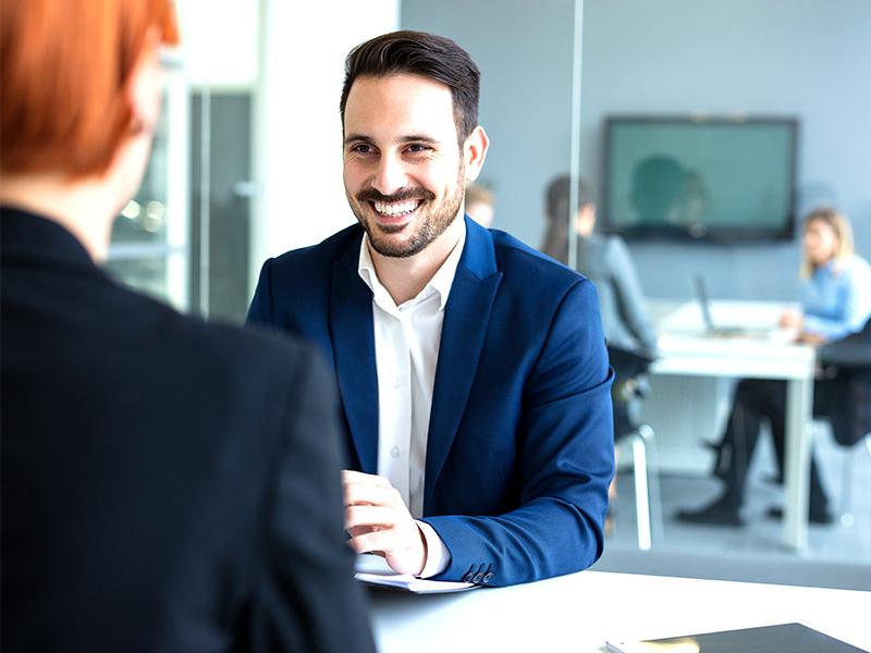 Führungskräfte-Coaching: Managementkenntnisse erwerben.