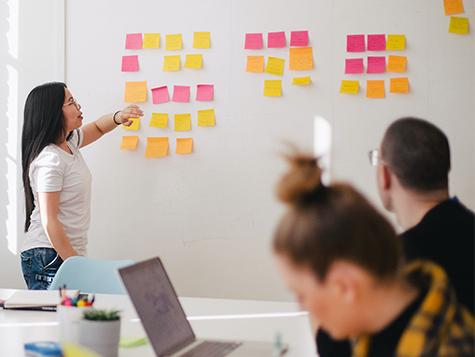 Agilität im Beruf: Wie lernt man agiles Arbeiten?